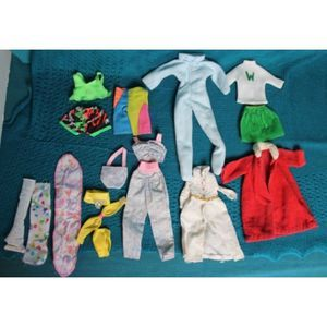 Vintage Barbie & Ken clothes